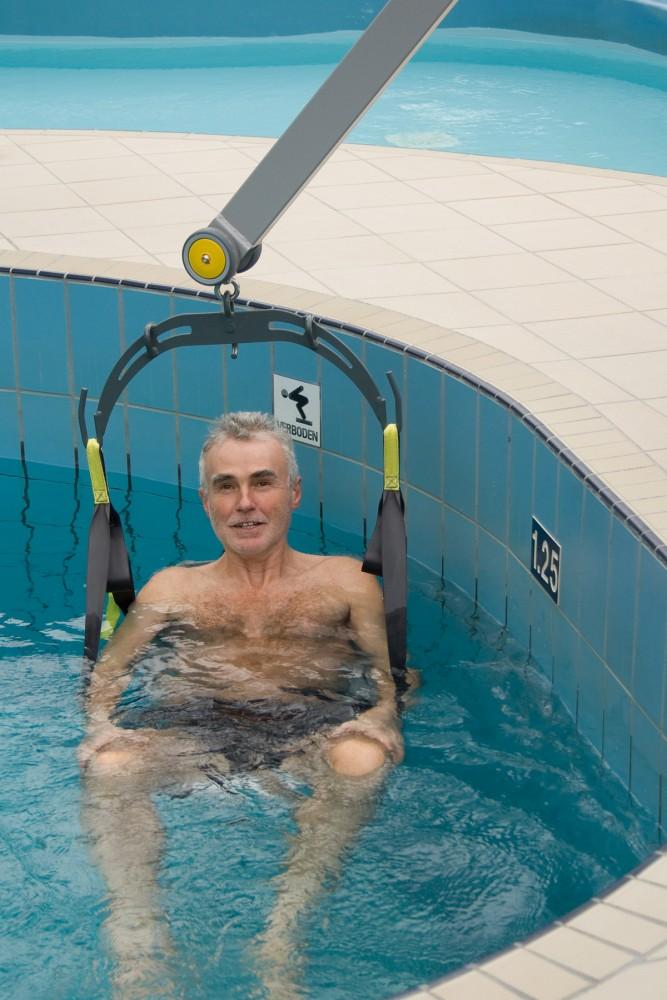 Handi-Move  - Fléau Classique , Lève-personne mobile de piscine , Handi-siège