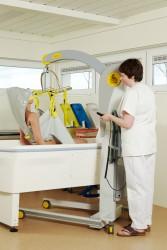 Lève-personne mobile 2600 (Victor) , Sangle de bain , Sangle de bain avec support de tête