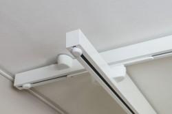 Rails de plafond , Installation de rails transversaux